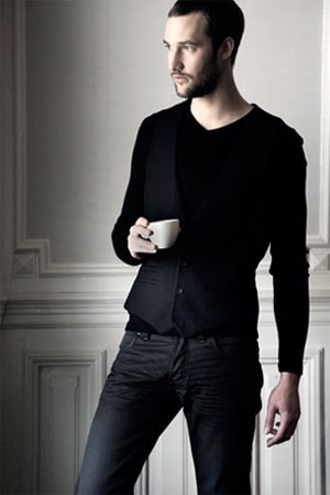 Creative Director Alex Jansen Of Cold Method Says Accentuates One S Personality Making Men Look Discreetly Well Dressed